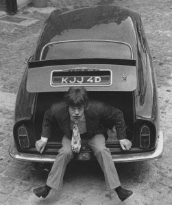Mick-Jagger-his-snazzy-Aston-DB6-19662